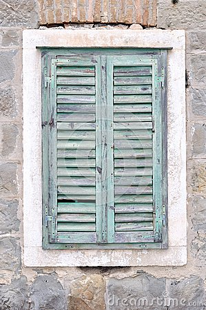 Free Old Window With Closed Shutters On An Old House Royalty Free Stock Photo - 32575245