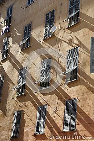 Old windows in Nice