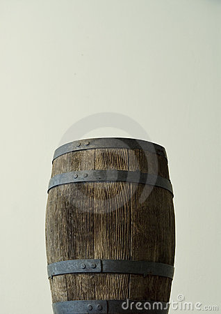 Old wood cask or barrel_1
