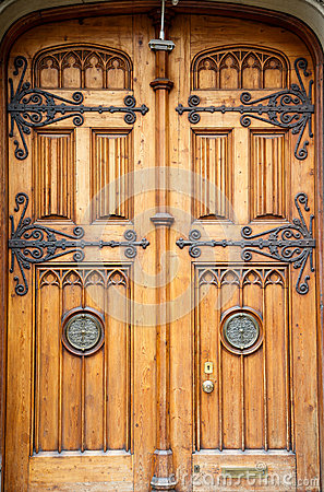 Free Old Wooden Doors With Brass Fixtures Stock Photography - 31924932