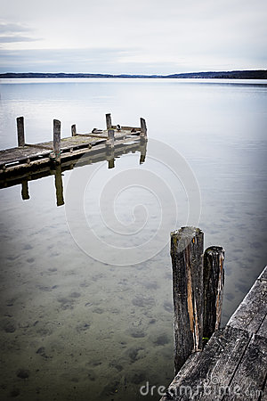 Free Old Wooden Jetty Royalty Free Stock Photos - 35905618