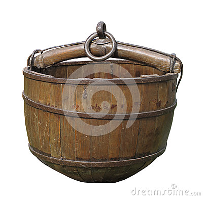 Free Old Wooden Well Bucket Isolated. Royalty Free Stock Photos - 27078448