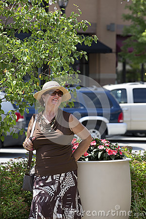 Older Lady with the hat