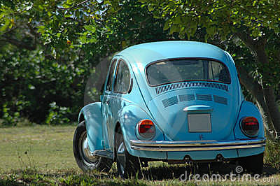 Oldtimer blue car
