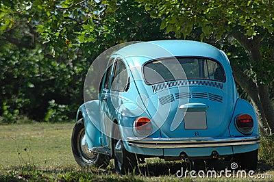 Oldtimer blue car