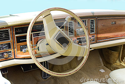 Oldtimer car dashboard