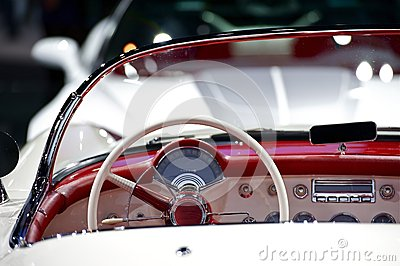 Oldtimer Convertible Dash