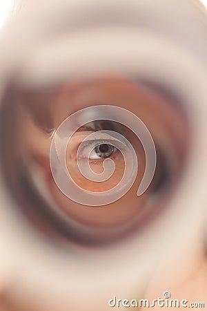 Olhe através da câmara de ar