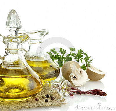 Free Olive Oil And Spices Royalty Free Stock Photos - 22065998