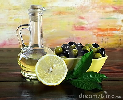 Olive, oil and lemons.