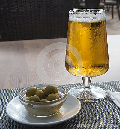 Free Olives And Beer Stock Photos - 36101983