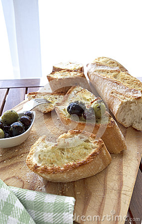 Free Olives And Bread Stock Photo - 32501210