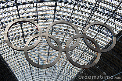 Olympic rings at St Pancras station Editorial Stock Image