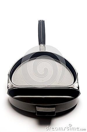 Omelet frying pan