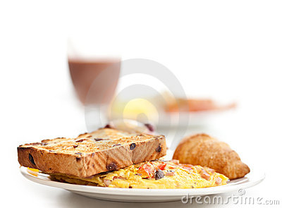 Omlette & toast breakfast