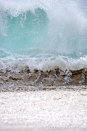 Onda de oceano em Baja California Sur, México