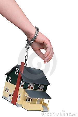 One hand handcuffed to a House