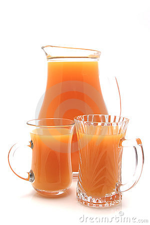 One liter pitcher and two glasses