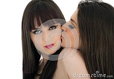 Фото поцелуй женщин фото 597-671