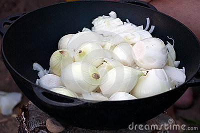 Onion soup cooking