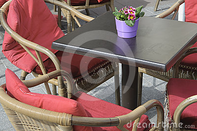 Open air cafe table and chairs