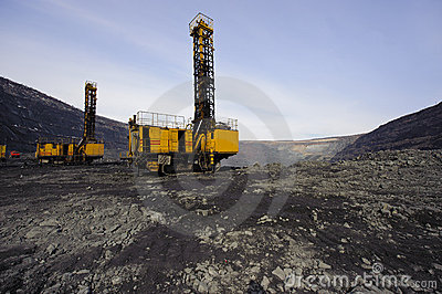 Open-cast mine, extraction of iron ore