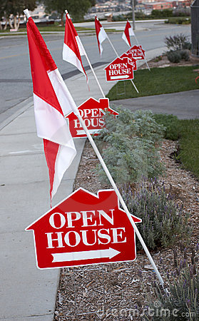 Free Open House Signs Stock Photo - 632490