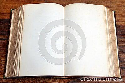 open-leeg-boek-37025439.jpg
