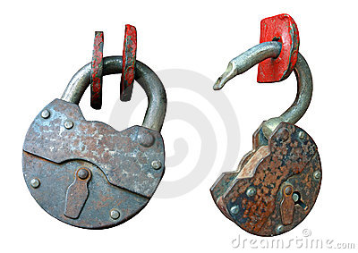 The open and open old, rusty hinged lock.