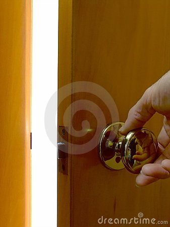 Free Opening A Door To Light Royalty Free Stock Photography - 5277547
