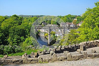 Opinión del viaducto de la colina, Knaresborough, Inglaterra