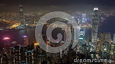 Opinión Hong Kong del cielo del pico famoso en el lapso de la noche almacen de video