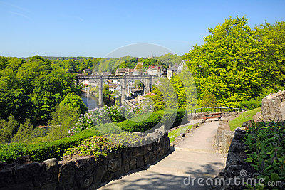 Opinião do Viaduct do monte, Knaresborough, Inglaterra