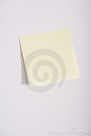 Opróżnij notę kleistego żółty