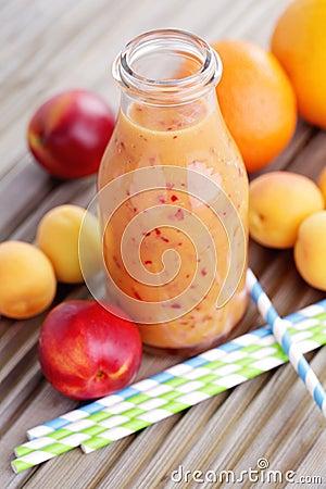 Free Orange Fruity Smoothie Royalty Free Stock Photography - 41248517