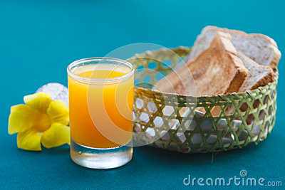 Orange juice and bread