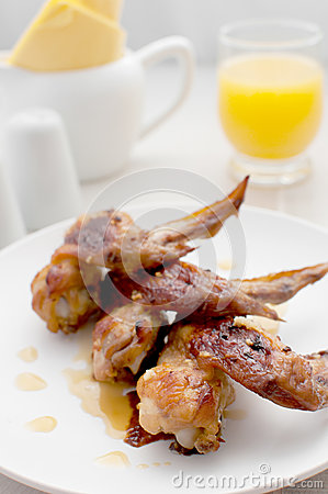 Orange juice glazed chicken wings