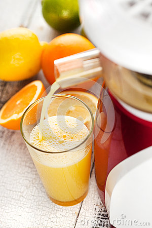 Slow Juicer Orange Peel : Orange Juice. Stock Photo - Image: 33463220