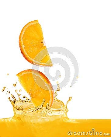 Free Orange Slices Fall In Juice Stock Photo - 5612120