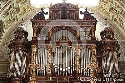 Organ of St. Istvan Basilica, Budapest