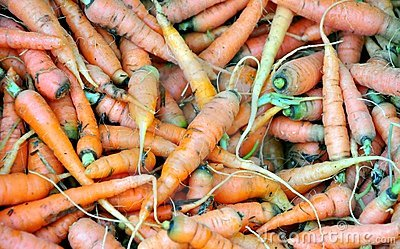 Organic carrots in a market