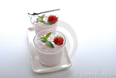 Organic strawberry in yoghurt and mint