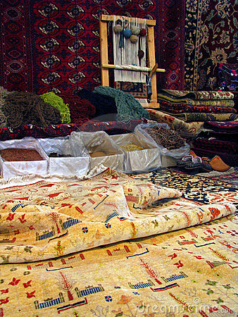 Oriental bukhara rugs - traditional making of
