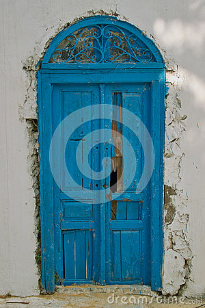 Free Oriental Old Blue Door Stock Photo - 64453060