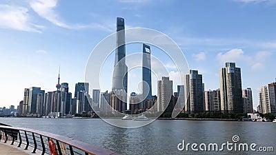 Oriental Pearl Tower i Centrum Finansowe w Pudong Wieża Szanghaj i budynki mieszkalne na Bund zbiory wideo