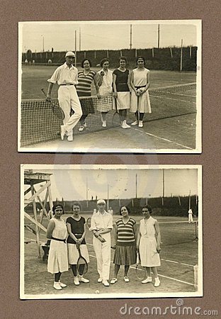 Original 1915 antique photo - people playing tennis