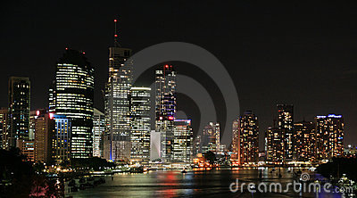 Orizzonte della città di Brisbane alla notte