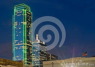 Orizzonte di Dallas alla notte