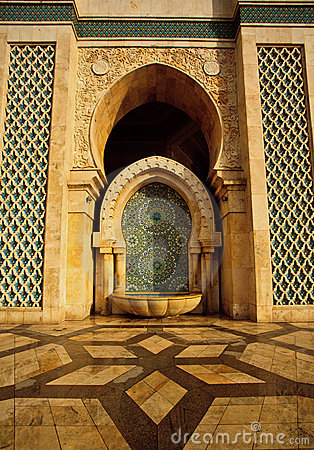Ornate fountain and mosaic patterns