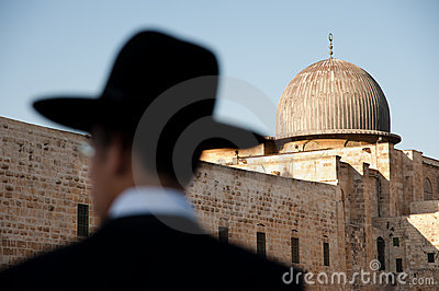 Orthodox Jews and Al-Aqsa Mosque Editorial Image